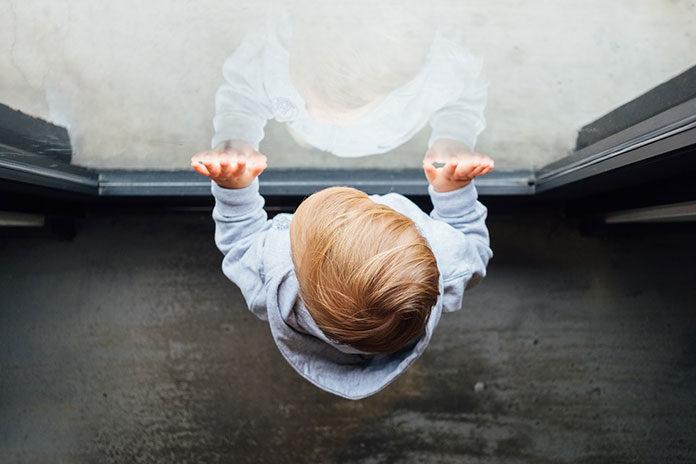 Pokój niemowlaka – co musi się w nim znajdować